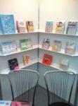 Svět knihy - knížky na stánku Pasparty